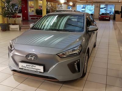 Hyundai Ioniq Elektro Premium bei BM || Autoschober in