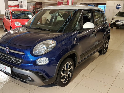 Fiat 500L 1,4 16V 95 Cross bei BM || Autoschober in