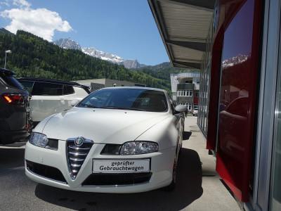 Alfa Romeo Alfa GT 1,8 T.Spark Impression bei BM || Autoschober in