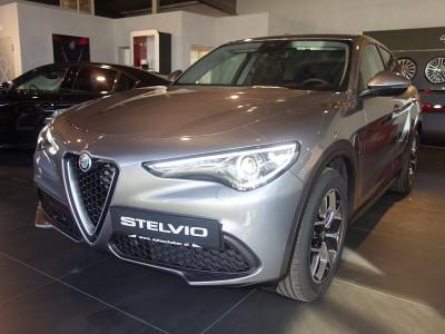Alfa Romeo Stelvio  2,2 16V 190 AT8 Q4 Magnifica bei BM || Autoschober in