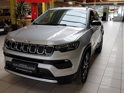 Jeep Compass 1.3 PHEV Limited AT 4xe bei BM || Autoschober in